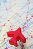 Mappa del Regno Unito con Plane Over London di modello Fotografie Stock Libere da Diritti