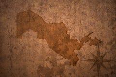 Mappa dell'Uzbekistan su fondo di carta d'annata Fotografia Stock