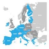 Mappa della zona euro Stati facendo uso di euro valuta Mappa grigia di vettore con gli Stati membri evidenziati blu e l'UE grigio Immagini Stock