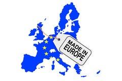 Mappa di Europa con la bandiera e fatta nell'etichetta di vendita di Europea renderi 3D Fotografia Stock Libera da Diritti