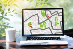 Mappa di GPS alla via di posizione della connessione di rete della destinazione di itinerario immagini stock