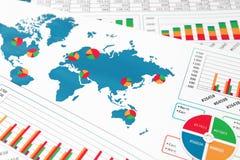 Mappa di mondo con i grafici, i grafici ed i diagrammi Immagine Stock Libera da Diritti