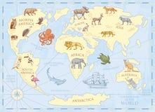 Mappa di mondo d'annata con gli animali selvatici e le montagne Creature del mare nell'oceano Vecchia retro pergamena fauna selva royalty illustrazione gratis