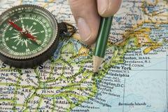Mappa di U.S.A. con la matita che ci indica su vario città Fotografia Stock