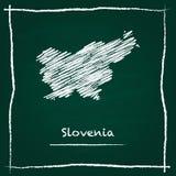 Mappa di vettore del profilo della Slovenia disegnata a mano con gesso Immagini Stock