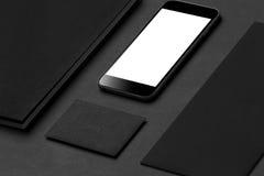 Maqueta de la identidad de marca Efectos de escritorio y artilugios corporativos en blanco Imágenes de archivo libres de regalías