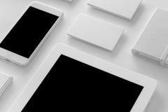 Maqueta de la identidad de marca SE corporativo en blanco de los efectos de escritorio y de los artilugios Foto de archivo libre de regalías