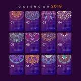 Maqueta del calendario de la mandala imagen de archivo