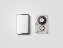 Maqueta en blanco del diseño de la caja de la cinta de casete, trayectoria de recortes Fotos de archivo