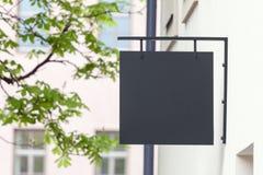 Maqueta vacía negra de la señalización Fotografía de archivo libre de regalías