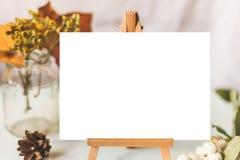 Maquette d'identité et de métier avec le rétro effet de filtre Photographie stock
