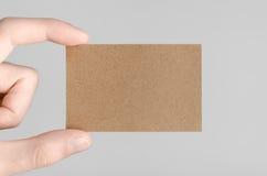 Maquette de carte de visite professionnelle de visite de Papier d'emballage (85x55mm) Photographie stock libre de droits