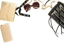 Maquette de mode avec des accessoires de dame d'affaires Objets féminins Photographie stock libre de droits