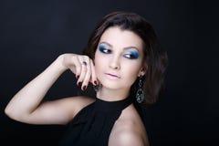 Maquillage de bleu de femme image stock