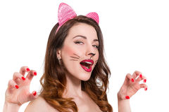 maquillage de Chat-femme sur la belle jeune fille rouge à lèvres, nailpolish Images libres de droits