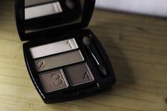 Maquillage de fard à paupières photo libre de droits