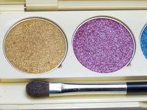Maquillage en gros plan de fard à paupières, Photos stock