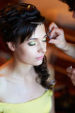Maquillage nuptiale pendant le matin Photo libre de droits
