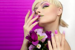 Maquillage saturé Manucure d'été photos libres de droits