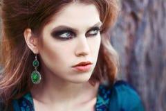 Maquillaje ahumado de los ojos Imágenes de archivo libres de regalías
