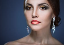 Maquillaje brillante del eith de la mujer de la belleza Fotografía de archivo
