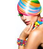 Maquillaje colorido, pelo y accesorios Fotografía de archivo