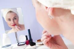 Maquillaje de la mujer imagen de archivo libre de regalías