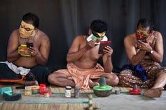 Maquillaje de los agentes de Kathakali Imagenes de archivo