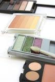 Maquillaje, sombra de ojo, 4 conjuntos de cortinas y tonos Foto de archivo libre de regalías