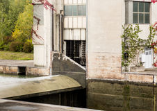 Maquinaria da porta no fechamento no rio Danúbio Fotos de Stock Royalty Free