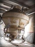 Maquinaria de la cervecería imagen de archivo