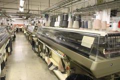 Maquinaria de matéria têxtil Fotografia de Stock Royalty Free