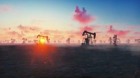 Maquinaria industrial do jaque da bomba para o petróleo no nascer do sol Silhuetas de um óleo de bombeamento do jaque da bomba co filme