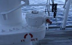 Maquinaria no navio do oceano Fotos de Stock