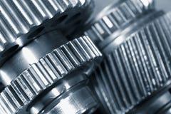 Maquinaria titanium gigante da engrenagem fotografia de stock royalty free