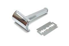 Maquinilla de afeitar de seguridad y la cuchilla Fotografía de archivo