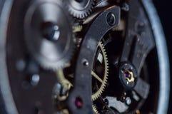 Maquinismo de relojoaria do relógio de bolso foto de stock