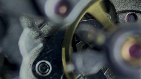 Maquinismo de relojoaria, mecanismo do pulso de disparo vídeos de arquivo