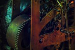 Maquinismo de relojoaria velho Imagens de Stock