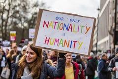 março contra políticas do trunfo imagem de stock royalty free