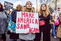 março contra políticas do trunfo Imagem de Stock