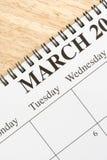 Março no calendário. Fotos de Stock Royalty Free