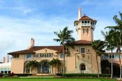 março-um-Lago na ilha do Palm Beach, Palm Beach, Florida Imagem de Stock
