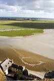 Maré baixa em Mont Saint Michel, Normandy Fotos de Stock