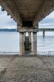 Marée basse et pilier 4 photographie stock libre de droits