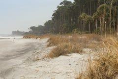 Marée basse sur la plage de chasse Photos stock