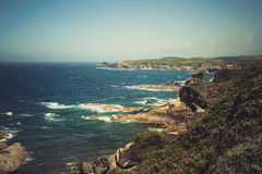 Marée d'océan avec de grandes vagues Images libres de droits