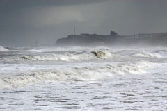 Mar agitado en Whitby. Fotos de archivo libres de regalías