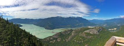 Mar al paisaje del cielo, Columbia Británica Fotos de archivo