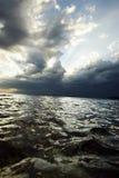 Mar antes da tempestade Imagens de Stock